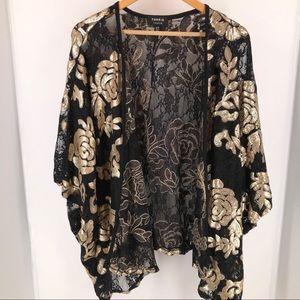 Torrid Premium Sequin Floral Kimono NWOT.
